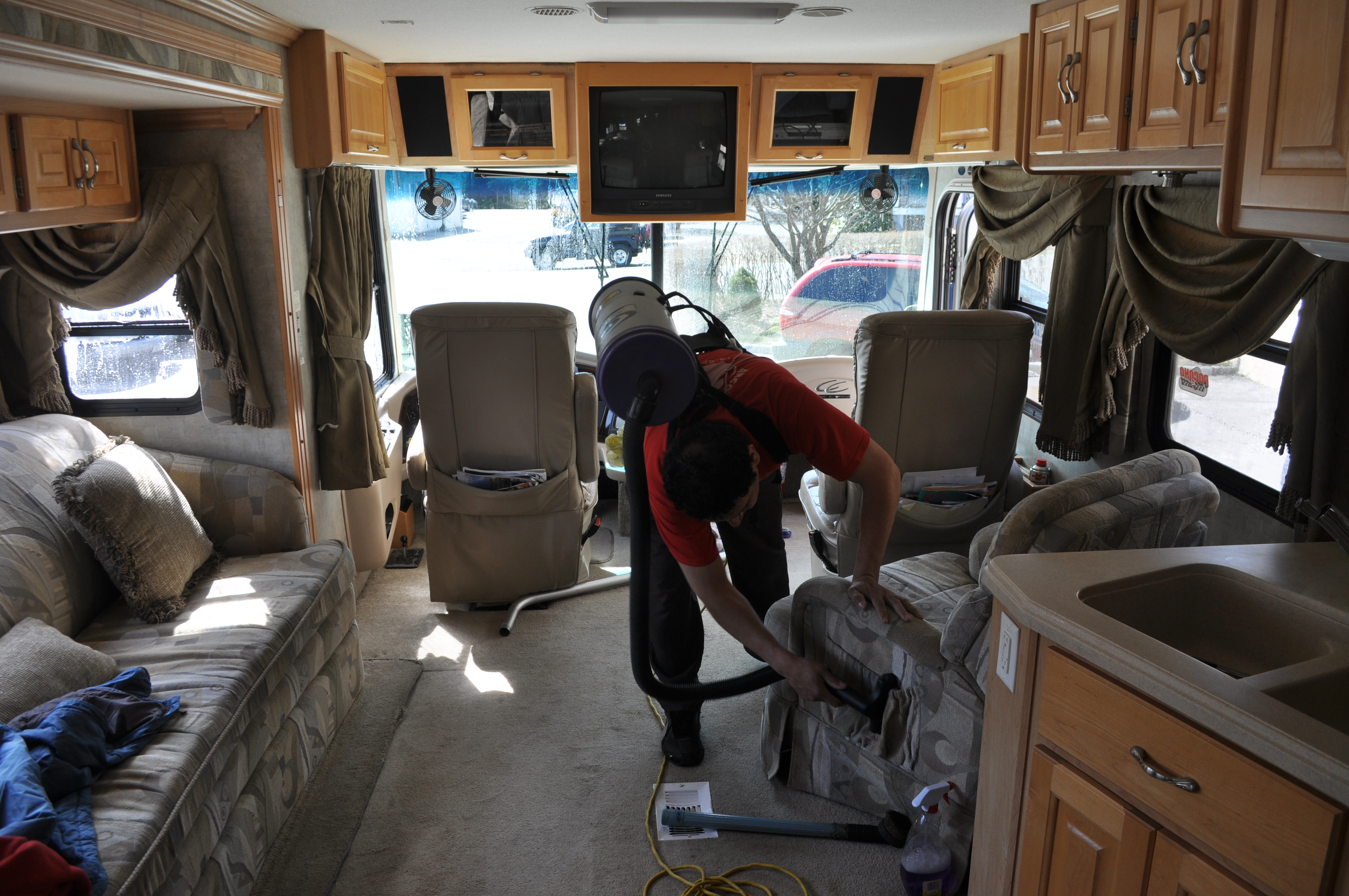 Auto & RV's Cleaning